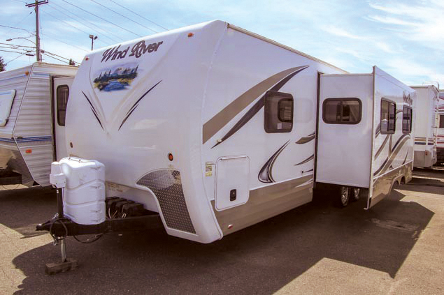 2012 Wind River 2702BS